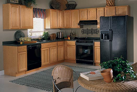 Oak Kitchen Cabinets by KraftMaid